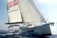 Hvar sailing