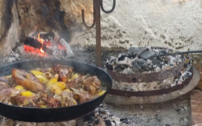 Cooking lamb and potatoes peka style