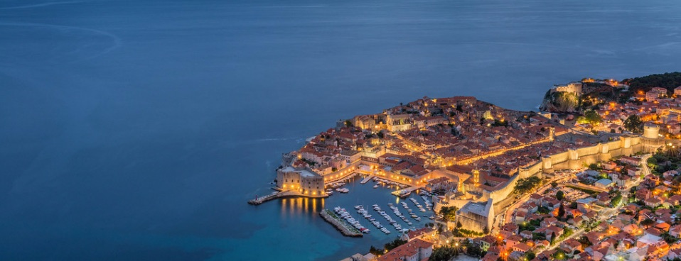 Dubrovnik at night - Grand Tour